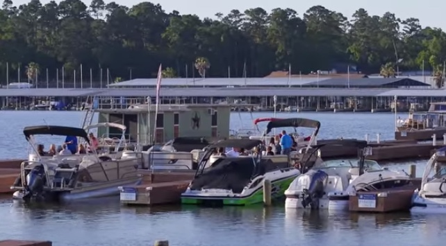 lake conroe activities and marinas