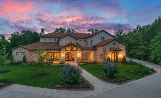 Purchase Luxury Real Estate Near The Woodlands Texas