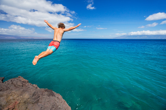 Most Popular Locations For Cliff Jumping In Oahu Hawaii