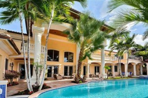 2530 Del Lago Drive in Fort Lauderdale