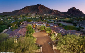5625 E Nauni Valley Drive in Paradise Valley