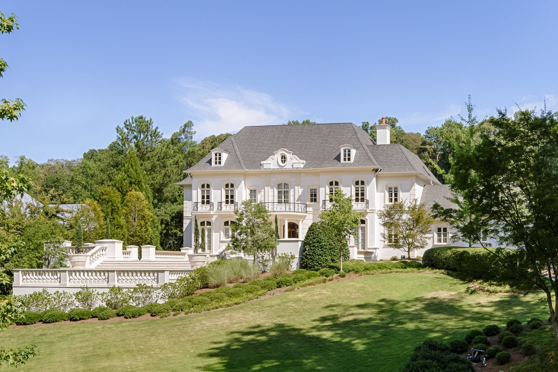 Affluent Neighborhoods Near Atlanta GA