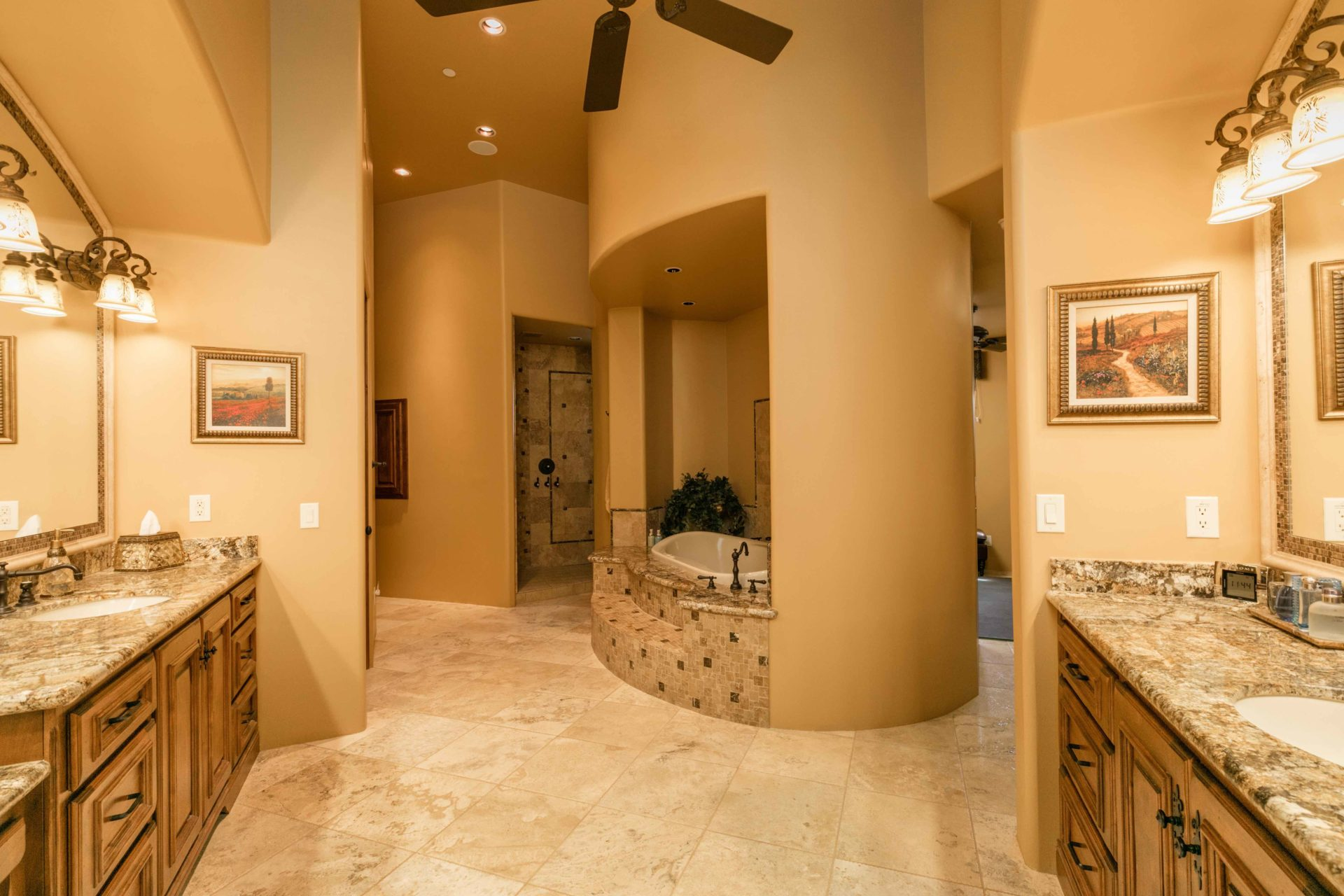 Buying Investment Property in Paradise Valley