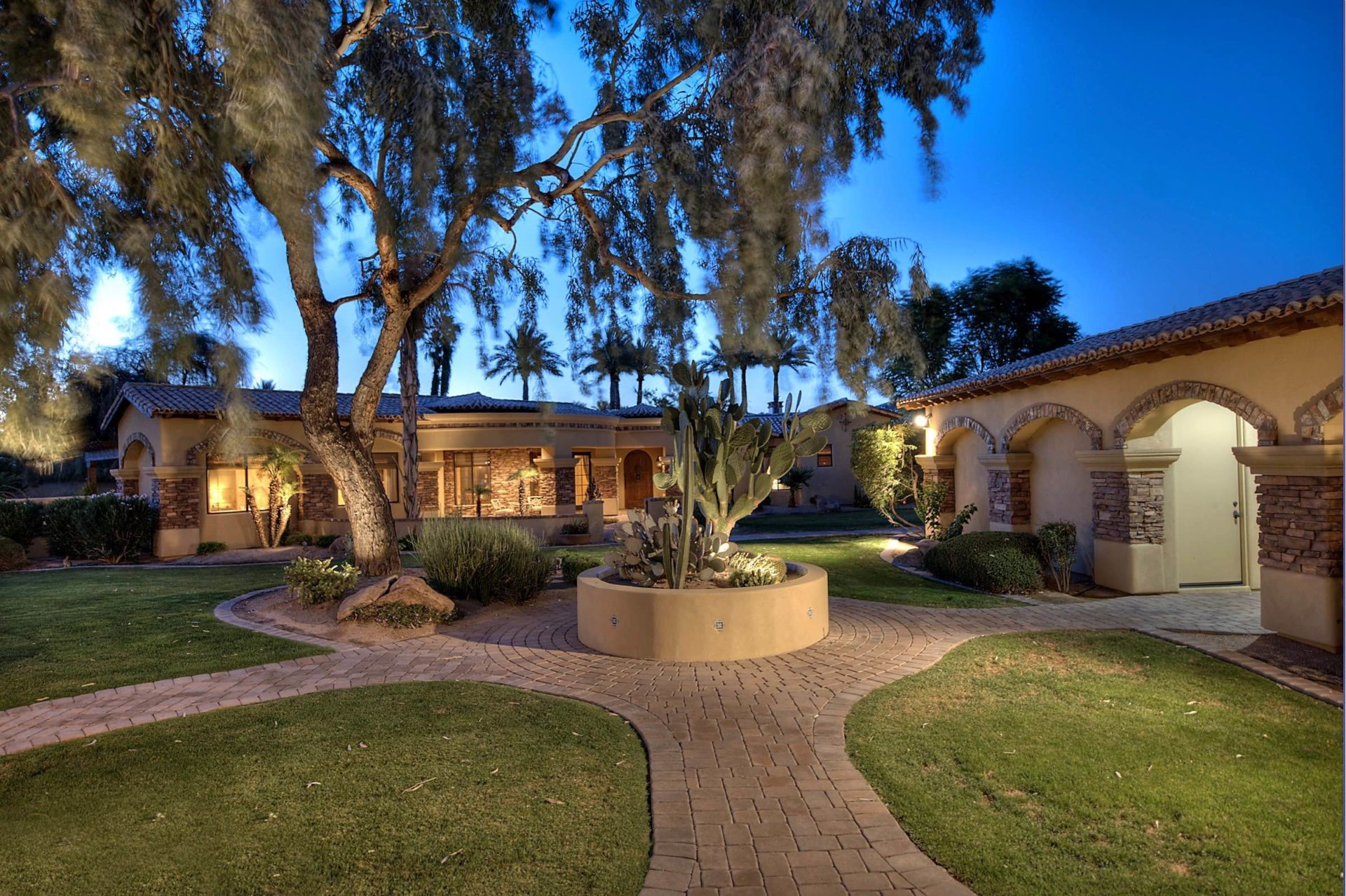 Paradise Valley Family Compound For Sale