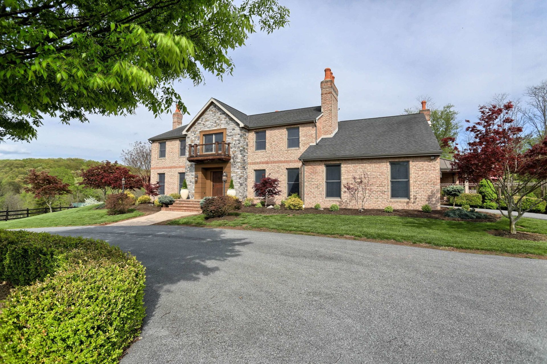 4 idyllic countryside homes for sale in western maryland for House builders in maryland