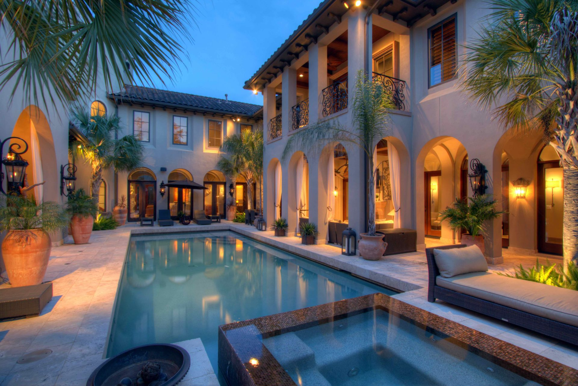 Buy Luxury Real Estate in The Woodlands Texas