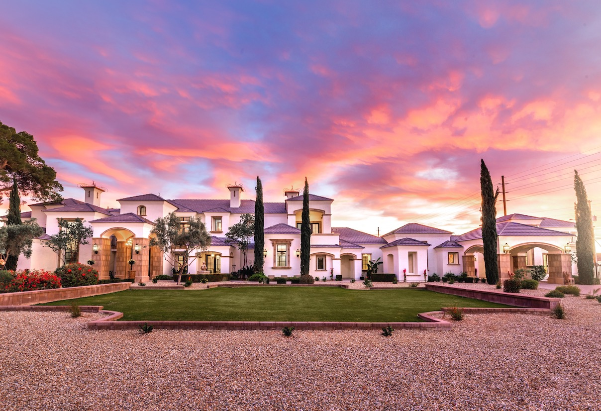 Mesa luxury home for sale 1100