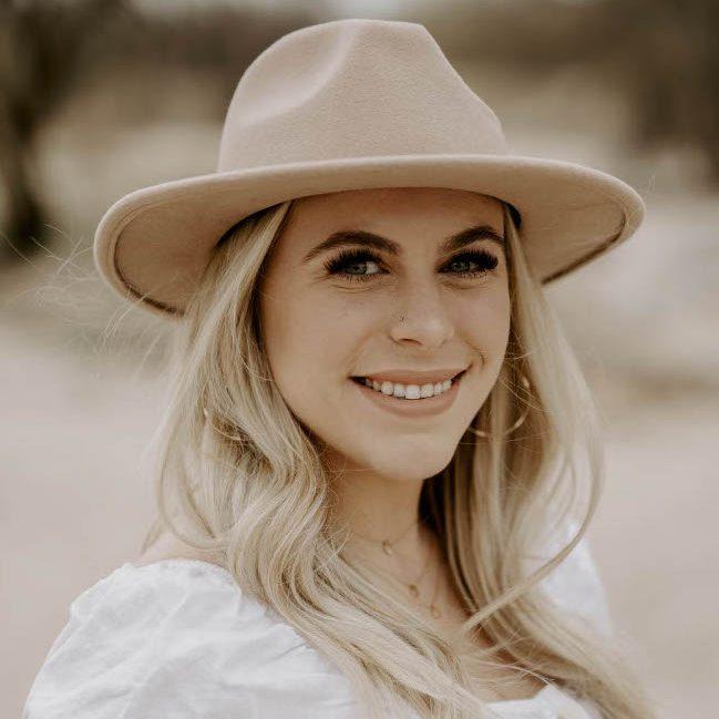 Nicolette Schamahorn
